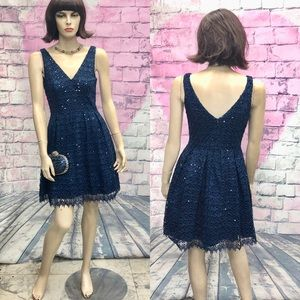 Navy cocktails dress Hailey by Adrianna Papell
